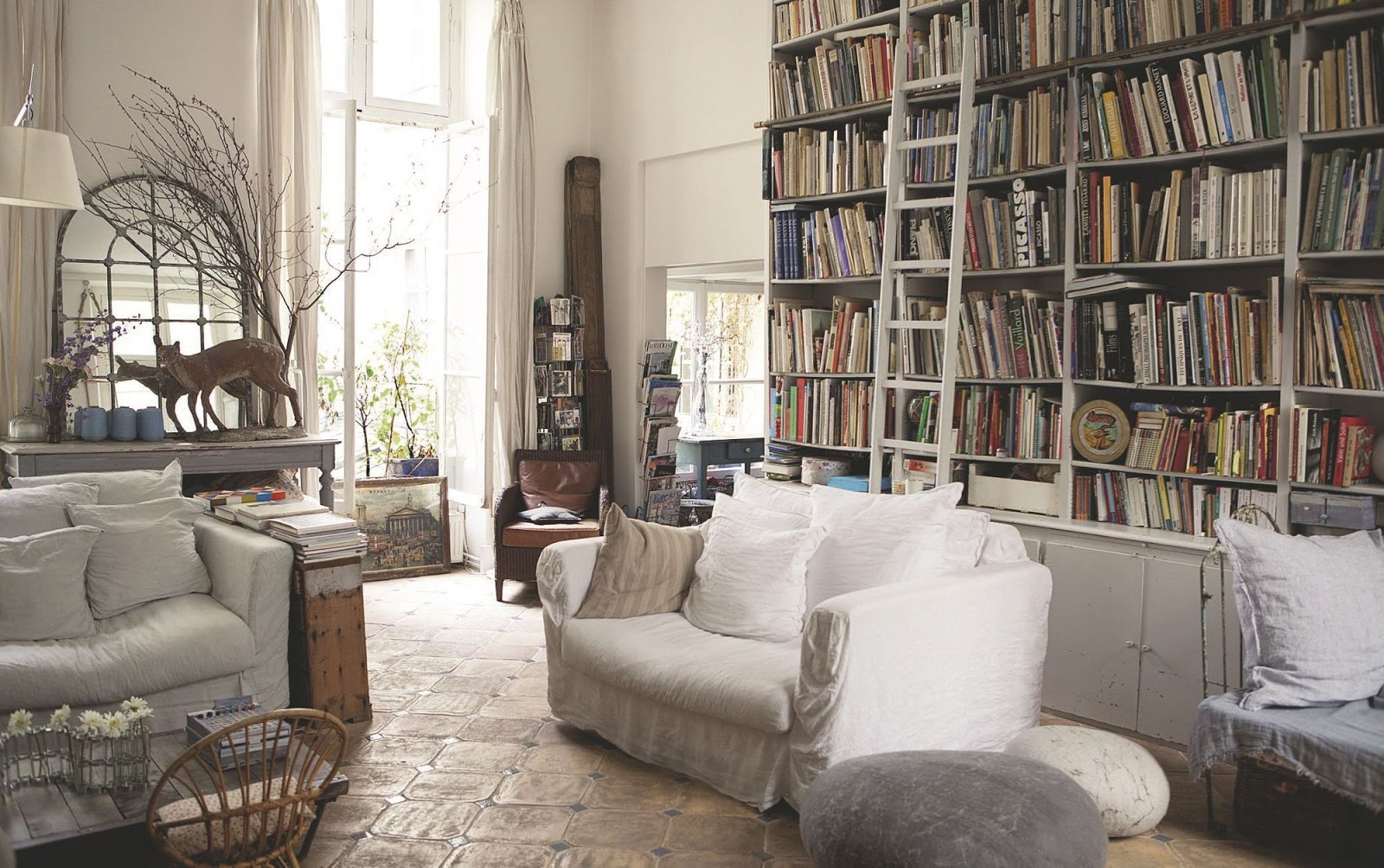 decordemon: a parisian apartment like a country house