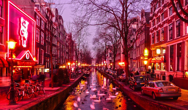 Passeio no Red Light District em Amsterdã