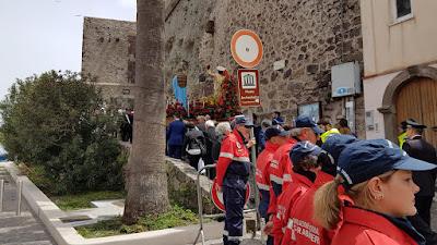 Eolie news la processione di pasqua a lipari terzo for Di bartolo arredamenti srl