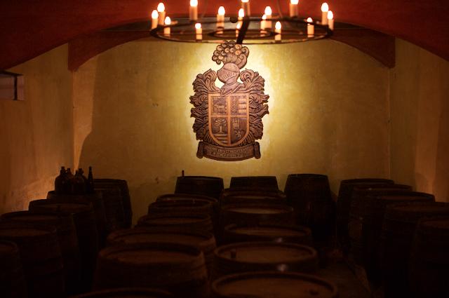 ¡Fábrica y Museo de La Primavera, vinos y licores!