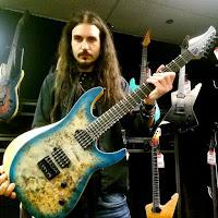 Ο κιθαρίστας Edward De Rosa