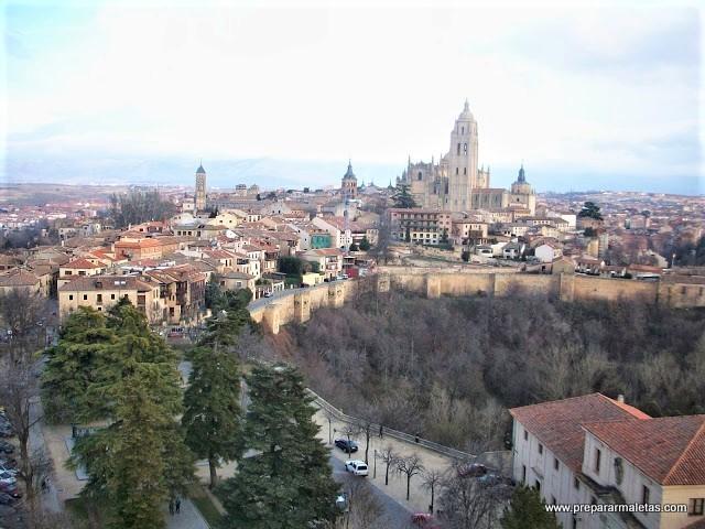 visitar el casco antiguo de Segovia