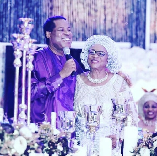 Pastor Chris Oyakhilome Looks Handsome In Agbada At His Mum's Birthday (Photos)