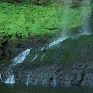Queda d'água das Gêmeas Gigantes, no Contato com o Solo, Parque das 8 Cachoeiras, São Francisco de Paula