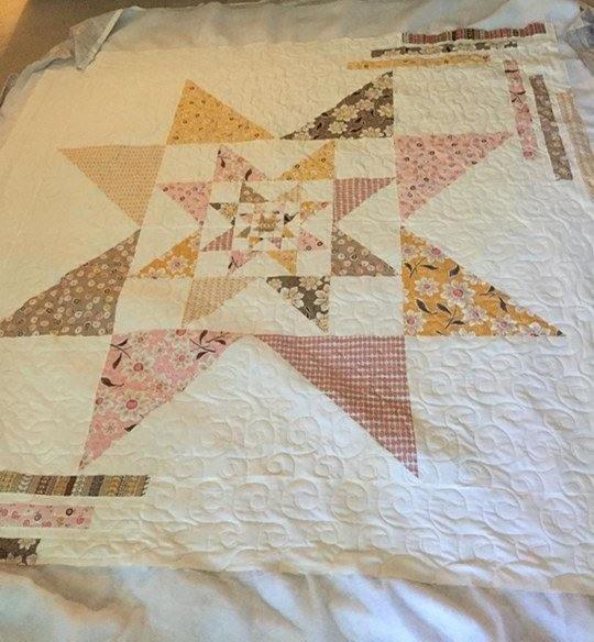Scintillating Stars quilt pattern