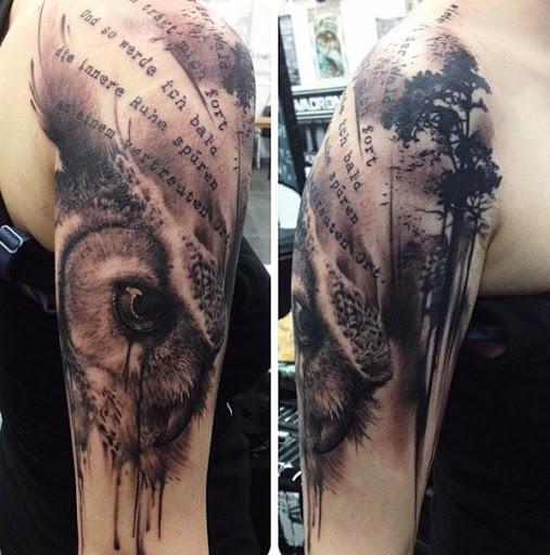 Um muito emocionante à procura de manga tatuagem. As transições entre as aspas para as árvores e para o choro da criatura são simplesmente impecável. Este é um daqueles projetos que fazem você querer olhar para a tatuagem por horas admirando a sua criatividade.