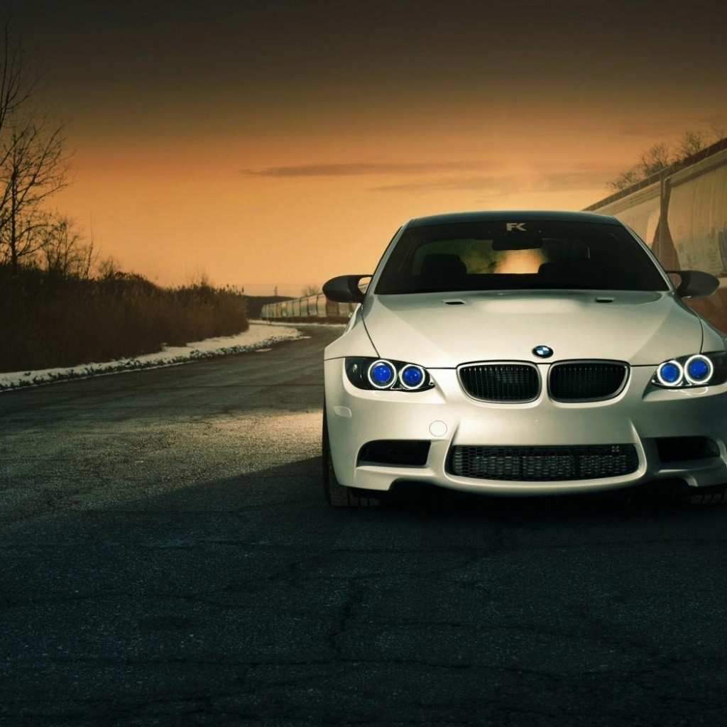 Bmw Car Wallpaper: Mphoto-cover: Wallpaper Bmw Eyes