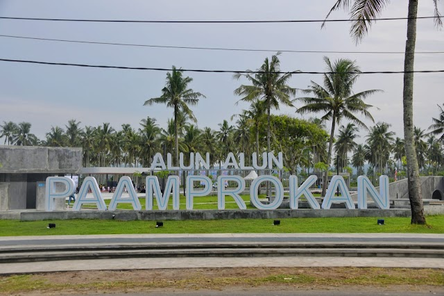 Gubernur Jabar Soft Opening Alun-alun Paamprokan di Kabupaten Pangandaran Sebagai RTP