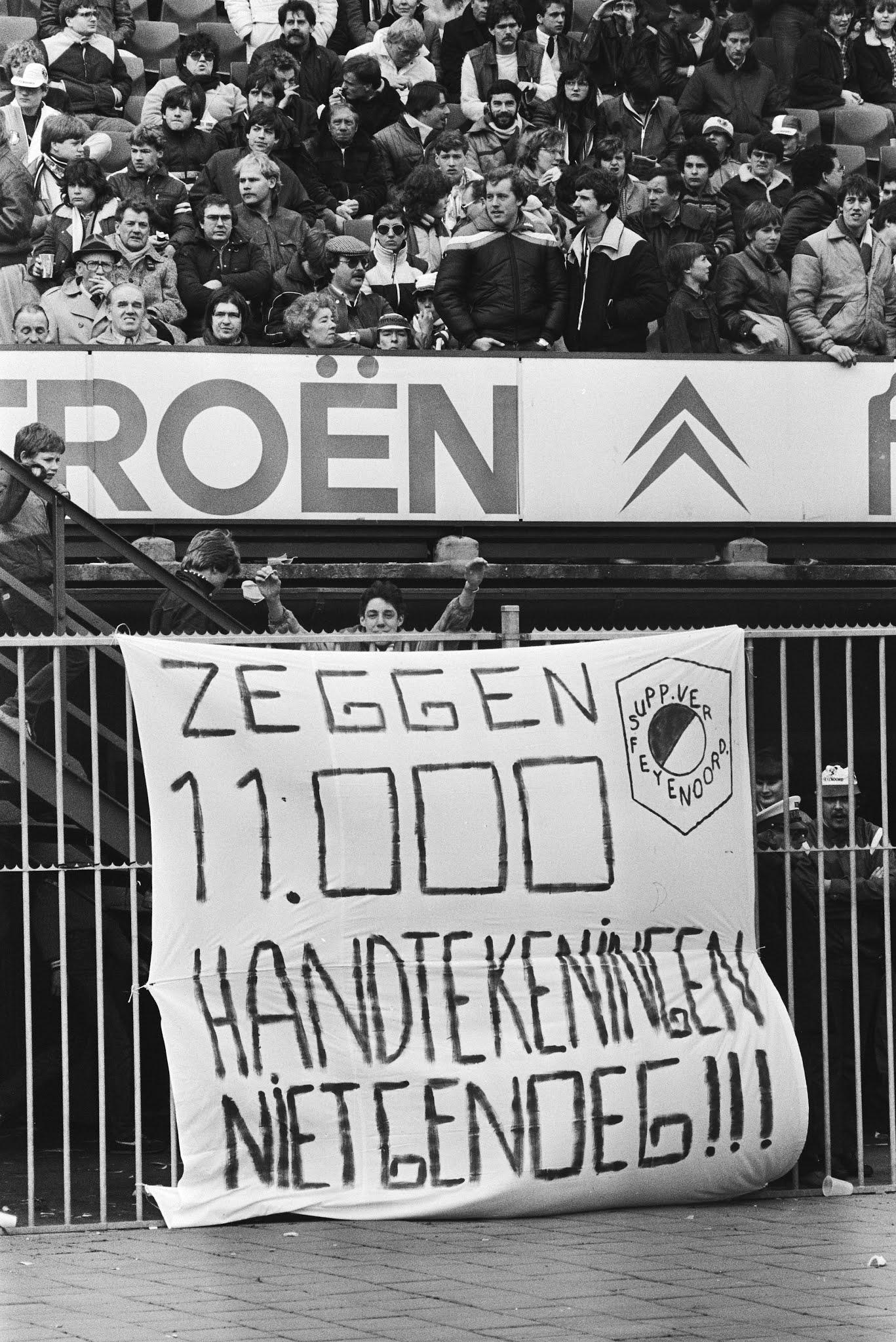 Protest tegen het vertrek van Hans Kraay