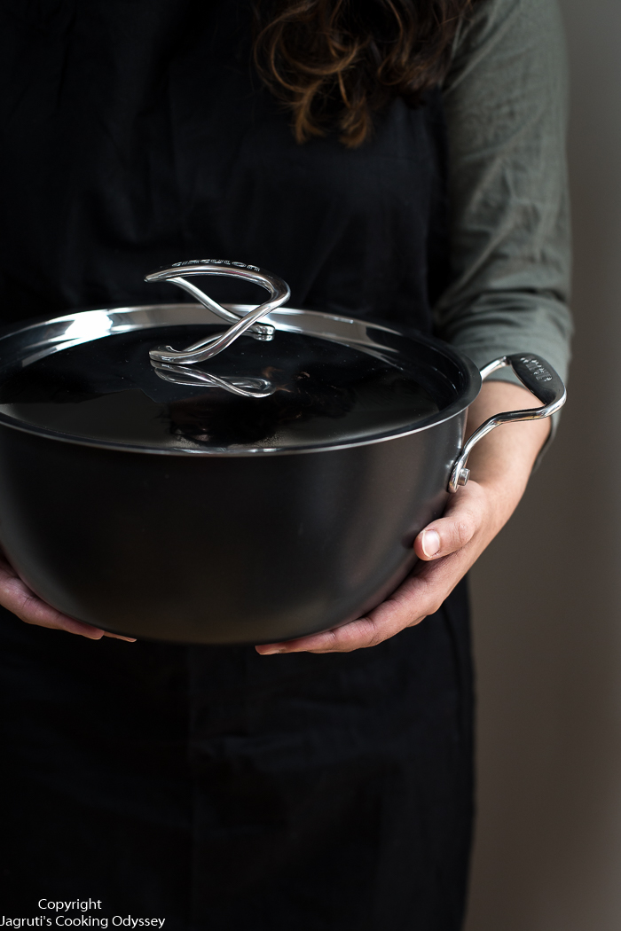 Circulon Style 26cm Hard Anodized Deep Chef's Casserole