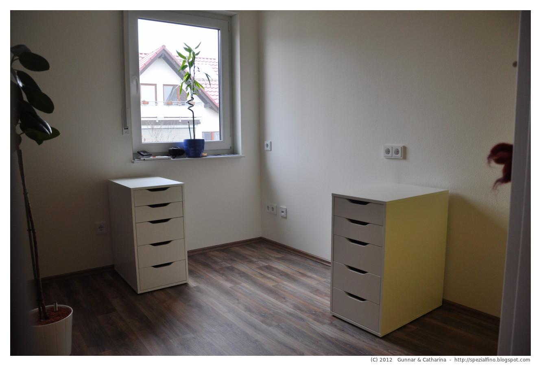 gunnar catharina wir bauen unser fingerhaus schreibtisch handmade papa ist der beste. Black Bedroom Furniture Sets. Home Design Ideas
