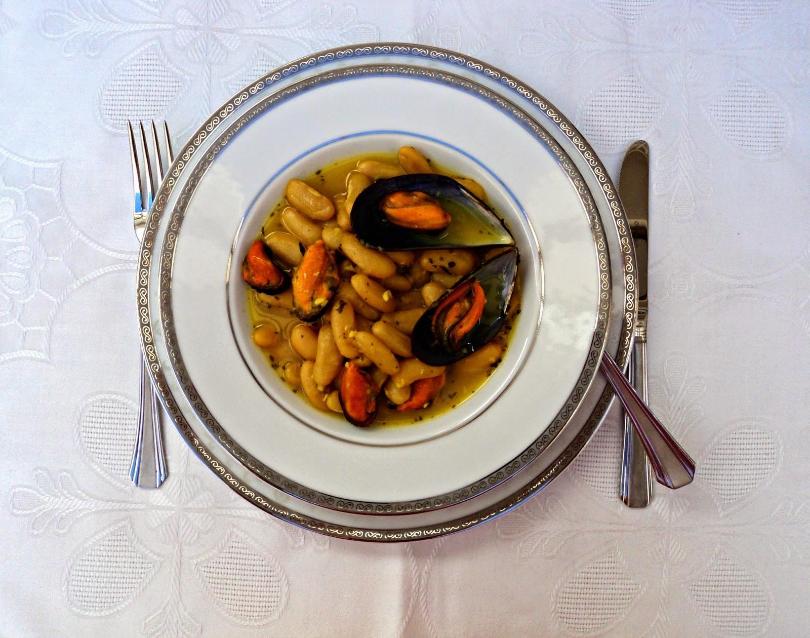 fabas-mejillones-azafran-servido