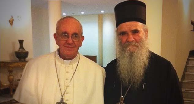 #Mitropolit #Amfilohije #Blagoslov #Transrodna #Osoba #LGBT #Krštenje #Izdaja #CrnaGora #kmnovine