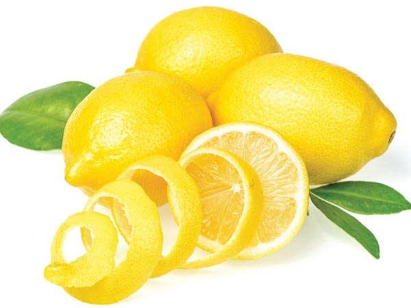 Cara Menghilangkan Jerawat Sampai Ke Akar-Akarnya dengan lemon
