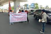 GAM Lakukan Aksi Unjuk Rasa di Pertigaan Hertasning Pettarani Kota Makassar