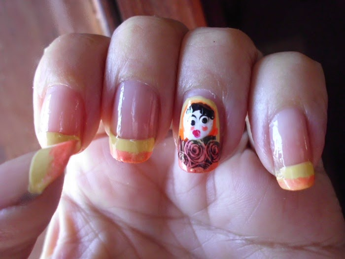 nail art matrioska