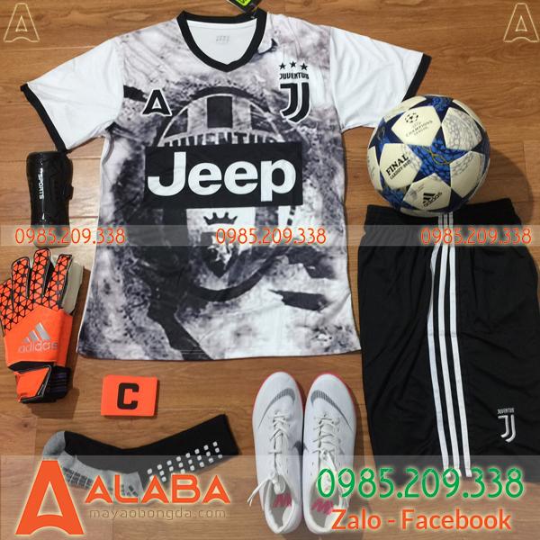 Áo Juventus chế