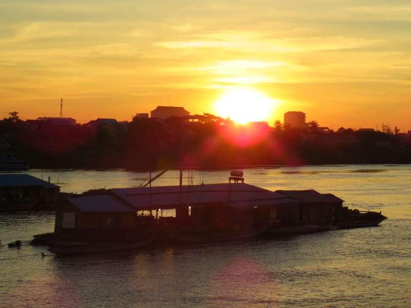 Phnom Penh sunrise