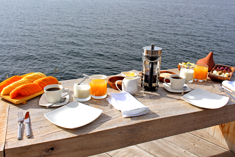 Breakfast at Amantica Lodge, Lake Titicaca, Peru - South America travel blog