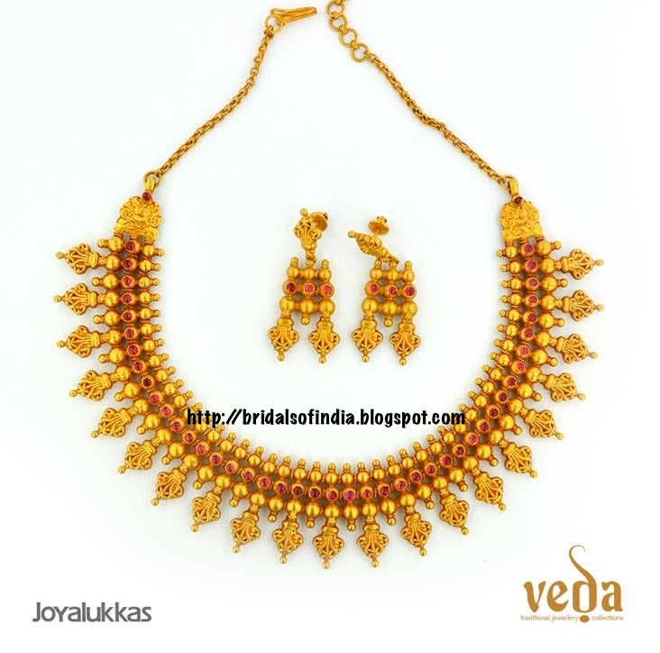 Fashion world: Joy Alukkas gold Temple necklace Designs -Veda ...