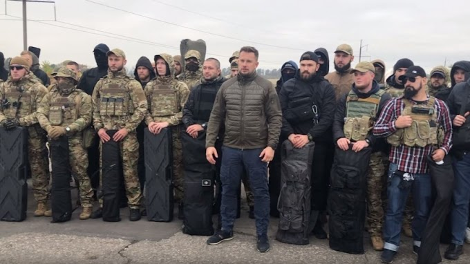 """Боевики полка """"Азов"""" вместо отвода войск заняли новые позиции"""