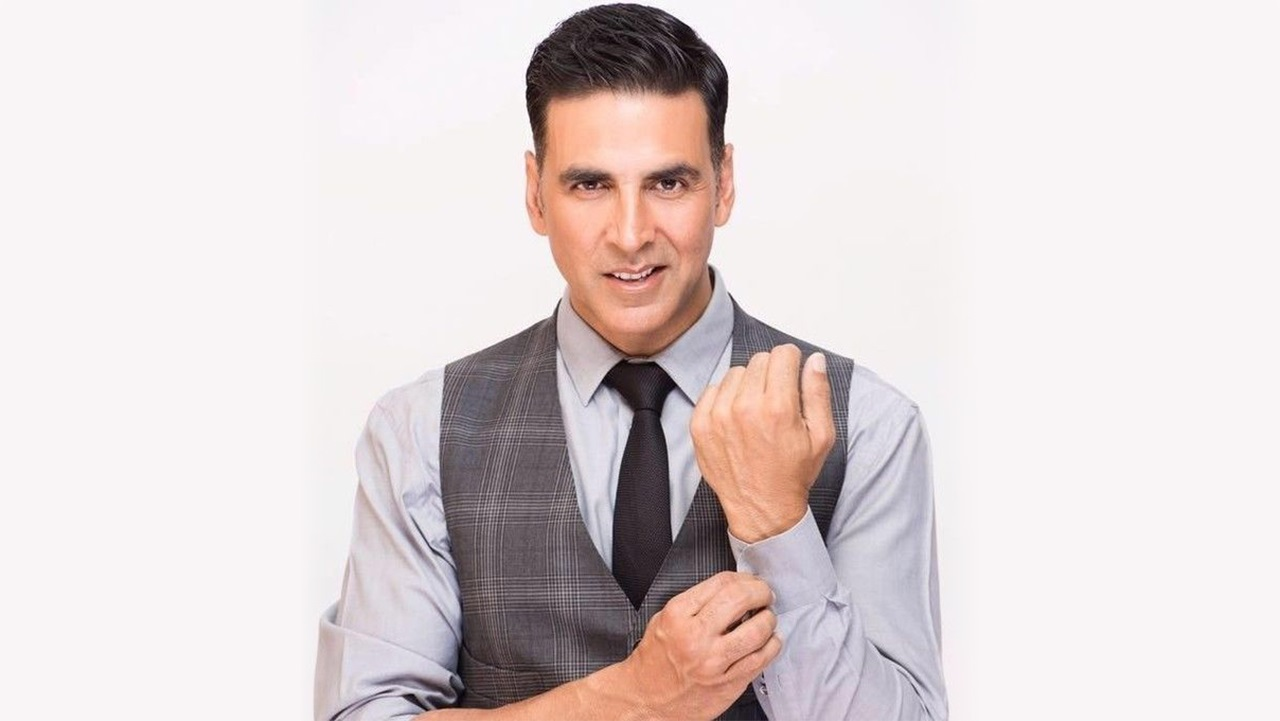Akshay Kumar Biography, Age, Wiki, Height, Wife, Family, Children & More