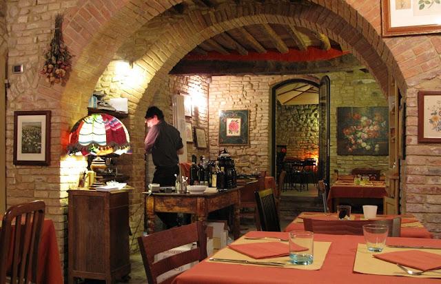 Cum Quibus em San Gimignano