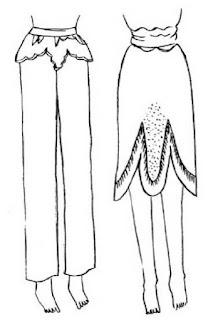 Poncho panggul ditemukan pada gambar seorang laki-lakidi istana raja zaman Yunani Kuno