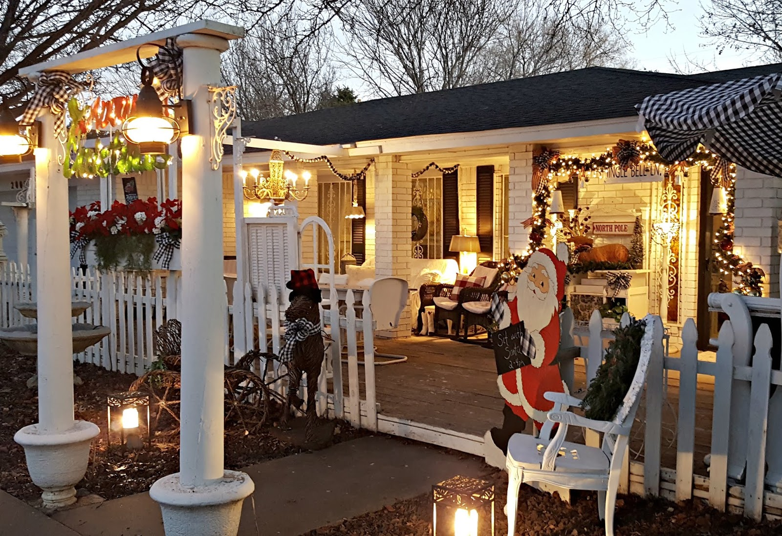 Penny s Vintage Home Our Front Yard Christmas 2019