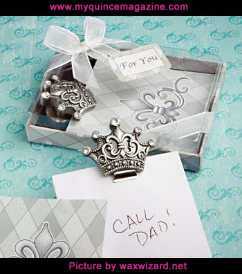 c5657fa41a50f4 Think carefully about your favors. Your choice of quinceañera favors can  reflect your celebration s theme. It might be a memento guests can use at  home.