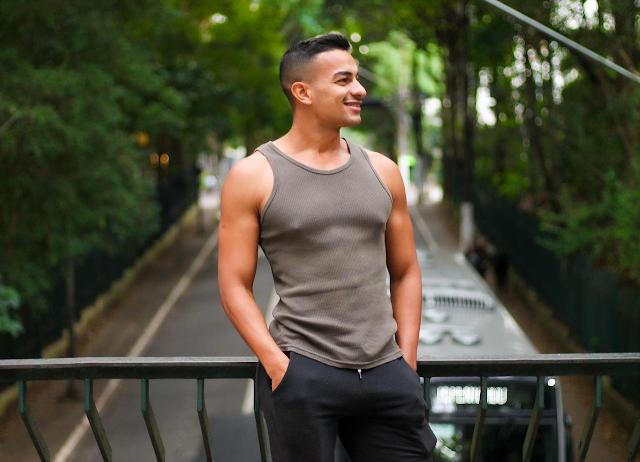 Digital Influencer, modelo e ator, Everton Moraes se destaca nas redes sociais