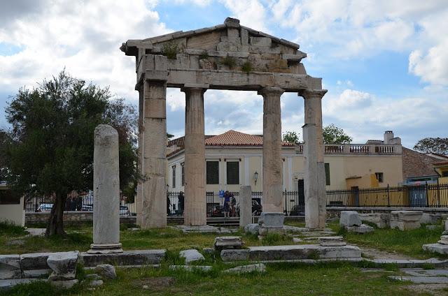 الأغورا الرومانية