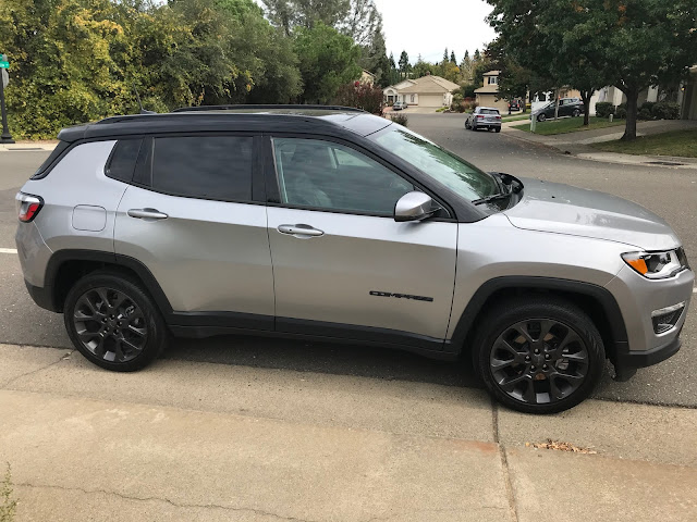 Side view of 2019 Jeep Compass Limited High Altitude 4X4
