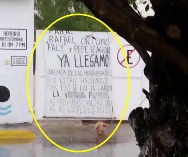 Grupo de sicarios son capturados momentos antes de llevar una ejecución les quitan narcomanta que iban a dejar en Michoacán