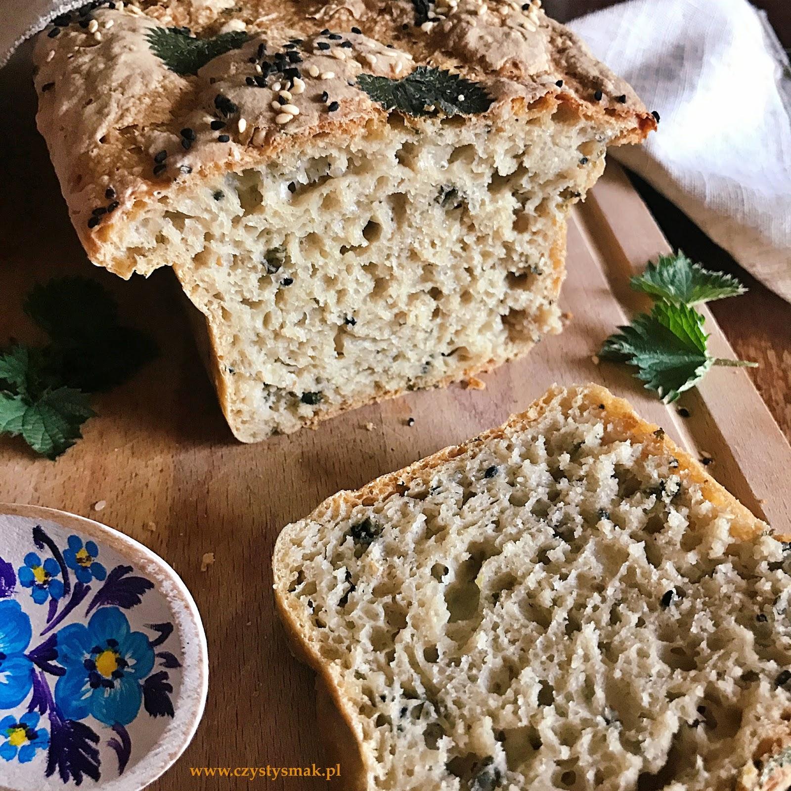 Chleb na zakwasie z młodą pokrzywą