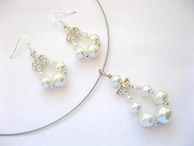 Prezentare set de perle din sticla si cristale