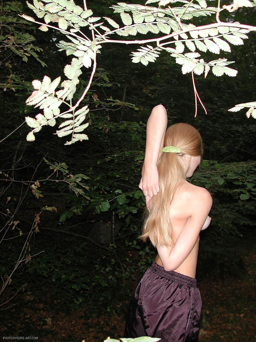 [Art] Katya - In The Woods - idols