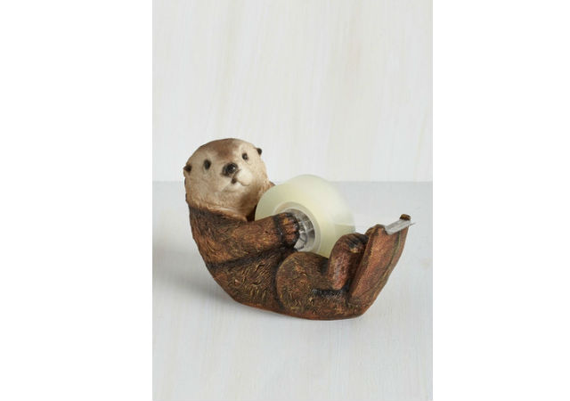 Otter dispenser