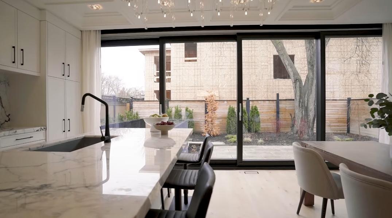 60 Interior Design Photos vs. 899 Hampton Crescent, Mississauga, ON Luxury Home Tour