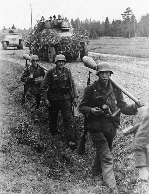 Panzerfausts used by the Grossdeutschland Division, East Prussia, October 1944, worldwartwo.filminspector.com