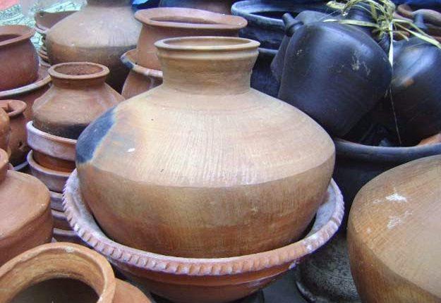 klenthing-alat-dapur-tradisional-untuk-mengambil-air