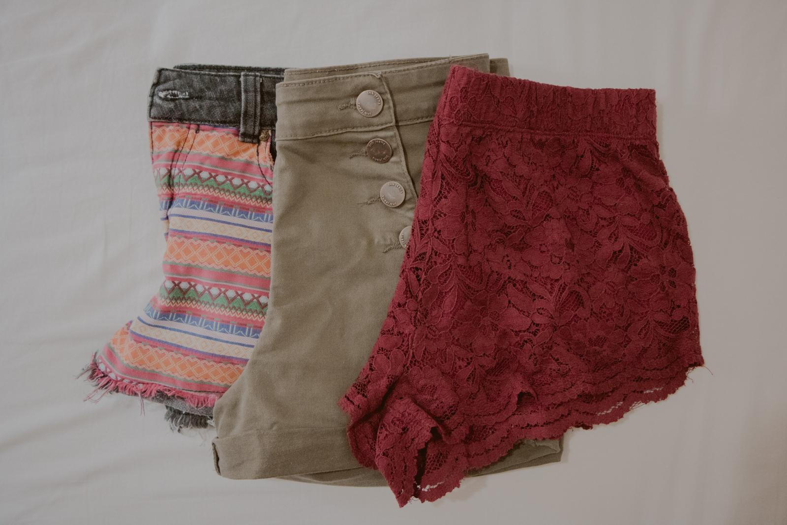 shorts diferentes cores e tecidos