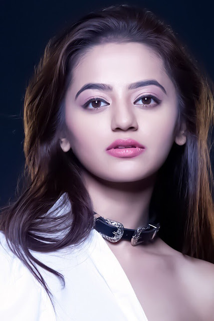 Helly Shah Wiki, Height, Weight, Age, Husband, Family and Biography