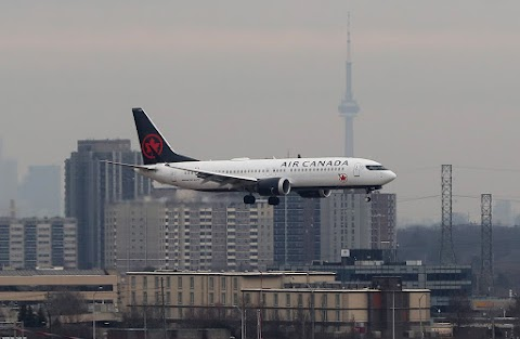 Air Canada Boeing 737 MAX Suffers Inflight Engine Shutdown, Forced to Divert - Aero World