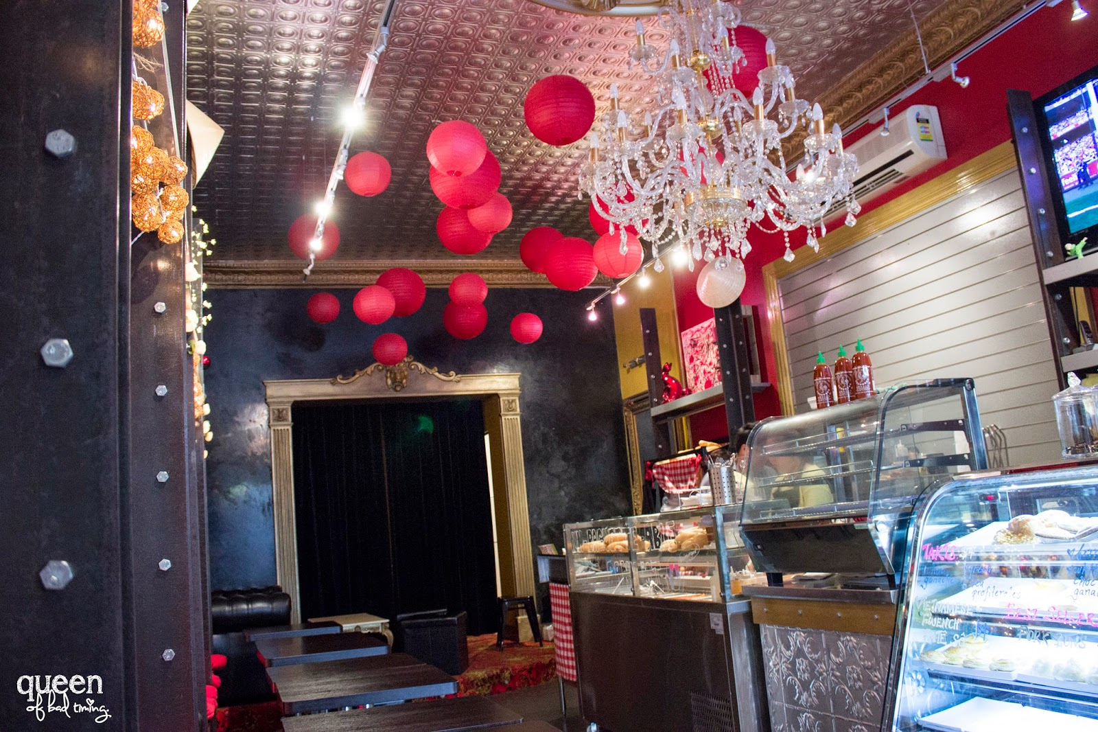 an asian parisian experience at le vietnam open monday to saturday from early until late afternoon this cute little cafe sits on barrack st opposite utopia it s a surprising location that you d