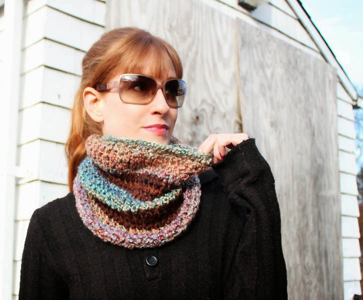 diy fast & easy stripe cowl knitting pattern - Gina Michele