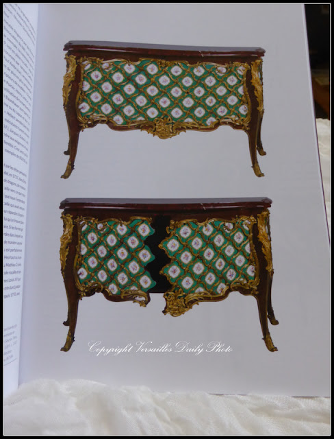 Commode en porcelaine de Sèvres Vanrisamburgh