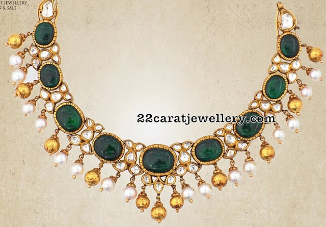 Emerald Necklace with Diamonds