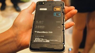 Blackberry Z30 lightning hands-on! - YCPTECH