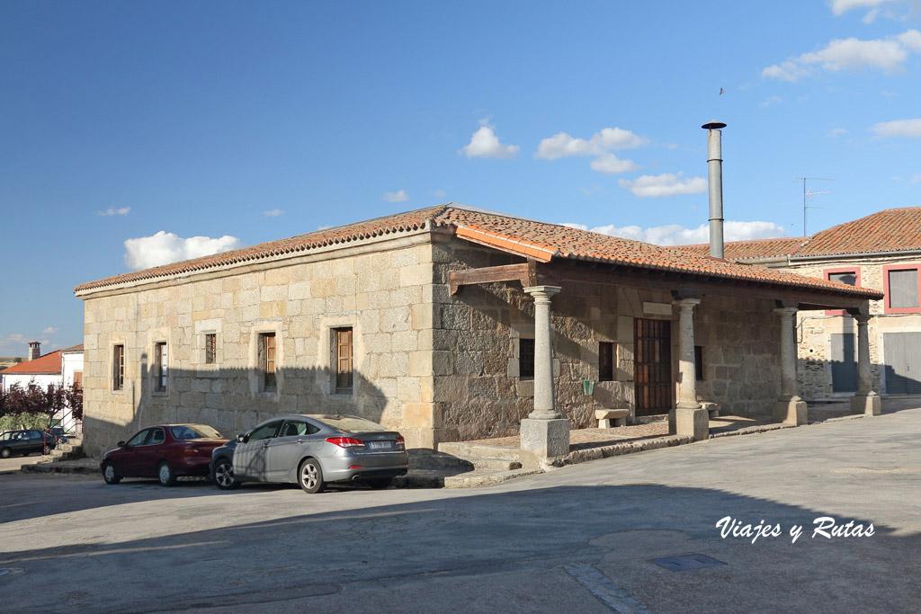 Alhondiga, San Felices de los Gallegos